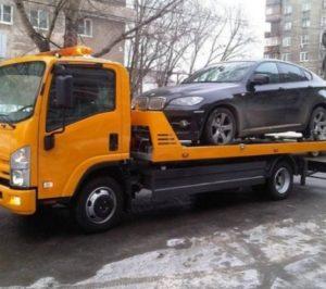 Эвакуатор потребуется для доставки автомобиля к ближайшей мастерской