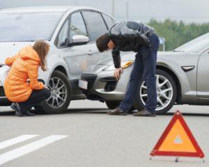 Чья страховая компания выплачивает ущерб при ДТП пострадавшему при повреждении нескольких транспортных средств