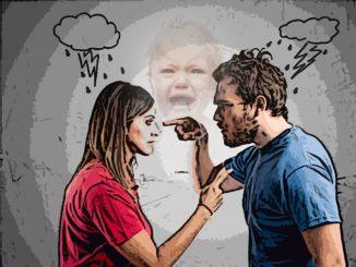 Муж выгоняет жену из декрета. Ребенку только 6 месяцев...