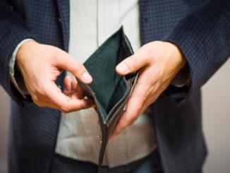 Внесудебное банкротство в 2021 году: условия, правила, сумма долга